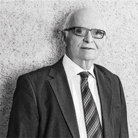 Klaus Tippelt   Rechtsanwalt und Notar a.D.